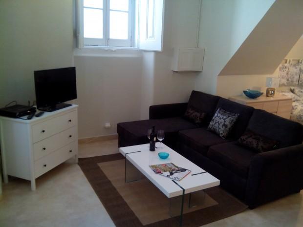Laurel Lovers Bairro Alto perfect apartment.